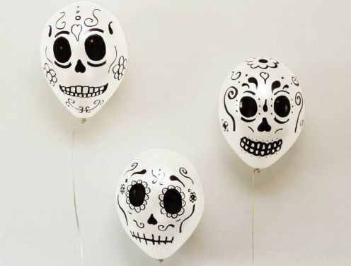 Easy and Cheap Halloween Decoration Ideas On a Budget 33