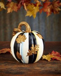 Gorgeous Pumpkin Decorating Ideas 29