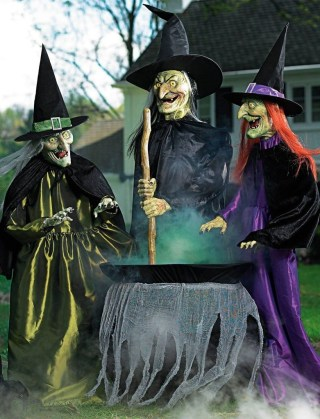 Most Amazing DIY Halloween Decoration Ideas to Make Your Outdoor Decoration More Perfect 17