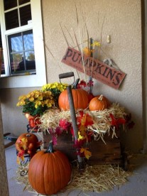Most Beautiful Fall Decorating Ideas That Will Make More Perfect Home In This Fall 37