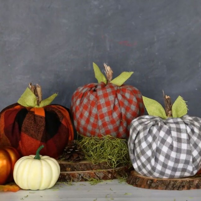 Most Beautiful Fall Decorating Ideas That Will Make More Perfect Home In This Fall 60