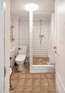 Small And Efficient Bathroom Renovation 02