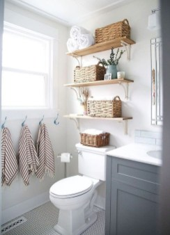 Small And Efficient Bathroom Renovation 28