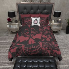 Small Bedroom Decoration with Halloween Ornament 13