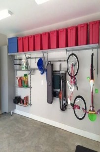 Smart and Comfortable Garage Organization for Your Small Room 33
