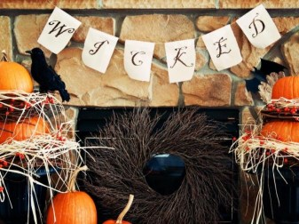 The Best Halloween Fireplace Decoration This Year 20