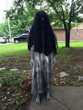 The Most Creepy Halloween Garden Decoration in Years 42