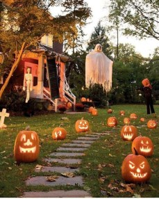 The Most Creepy Halloween Garden Decoration in Years 49