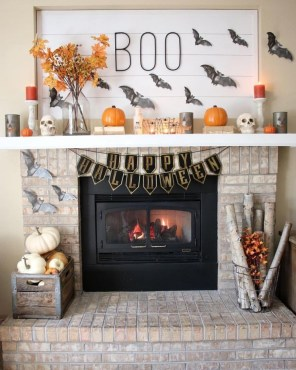 The Most Interesting Family Room Arrangement on This Halloween 17