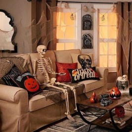 The Most Interesting Family Room Arrangement on This Halloween 22