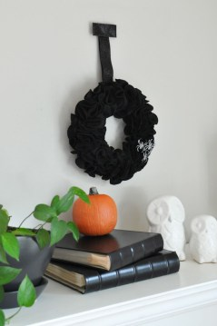 The Most Scary DIY Halloween Decoration Ideas For Your Home 29