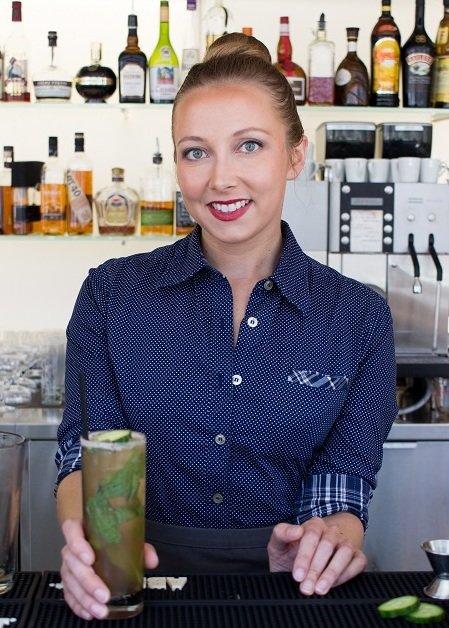 Blogger, bartender and magic maker Marta S at LUMA.
