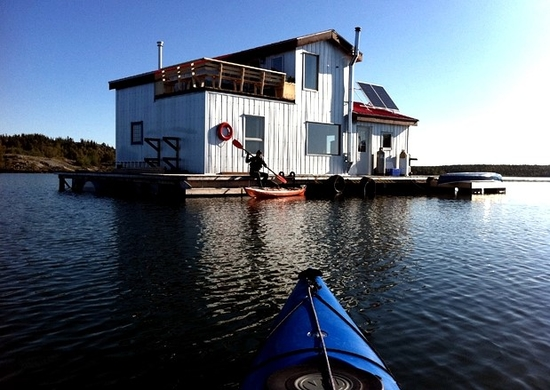 A floating cabin in Yellowknife Bay, NorthWest Territories.