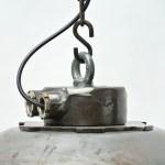 Suspension en fonte d'acier à abat jour. anciellitude