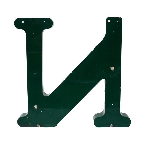 Grande lettre N verte en métal vintage anciellitude