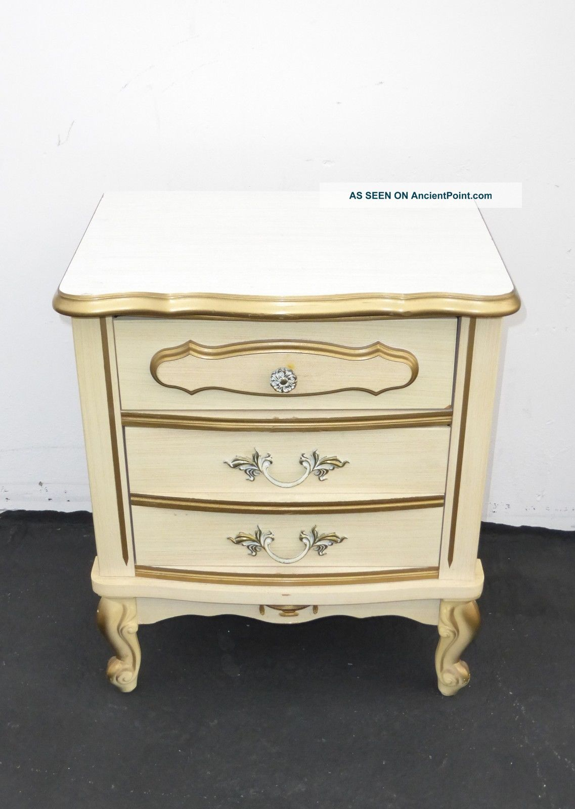 Vintage French Provincial Off White Gold Gilt Nightstand W Brass Hardware