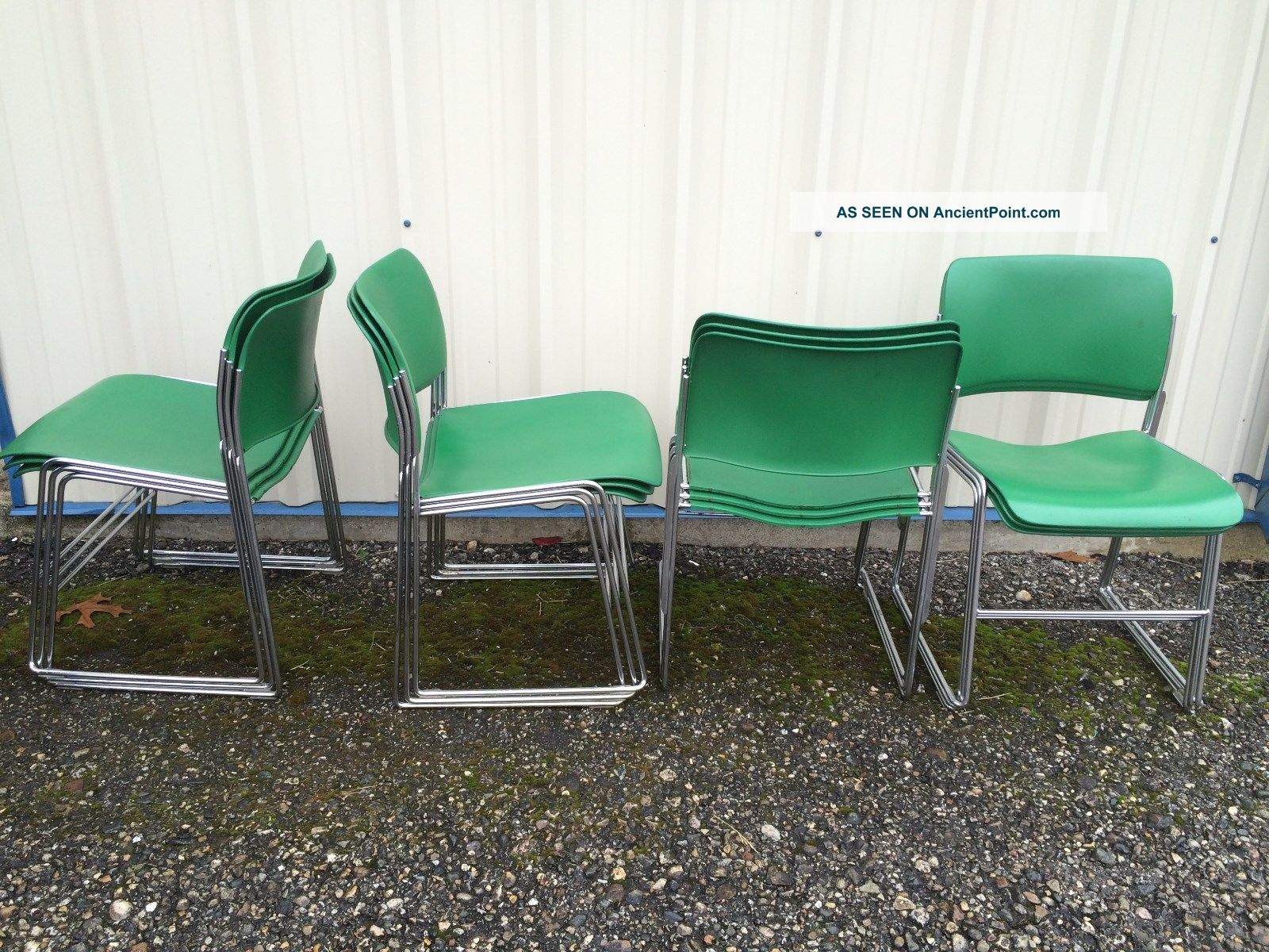 12 David Rowland 40 4 Stackable Chairs Green Chrome Mid
