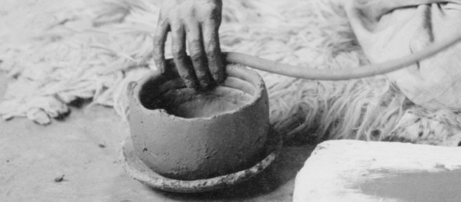 making a coil pot