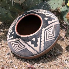 Gila Polychrome replica seed jar