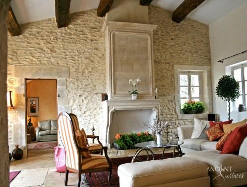 P11_A40-un-mas-provencal-en-pierre
