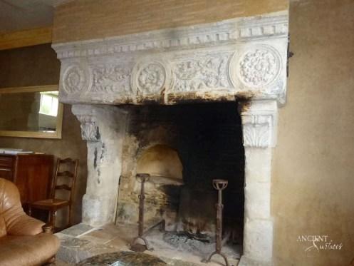 ob_7cfe82_maison-16e-cheminee1-copy