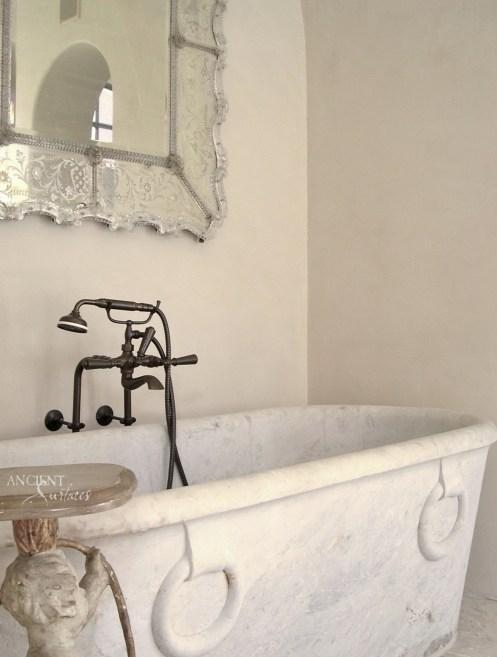 marble-antique-bathtub-provence