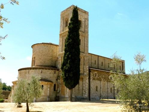 Castello-di-Velona-Montalcino-Tuscany-Italy-3 copy