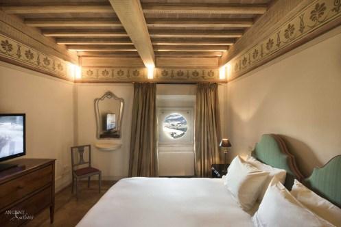 hotel-spa-castello-di-velona-montalcino-suites-castle-junior-05 copy