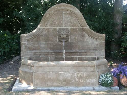 Guy-Deco® is gespecialiseerd in authentieke fonteinen gebeeldho