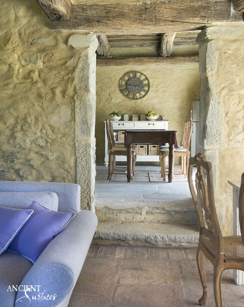 Farmhouse American limestone flooring