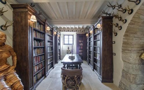 Castello di Procopio Library.jpg