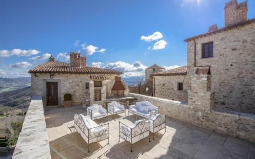 Castello di Procopio Limestone Terrace