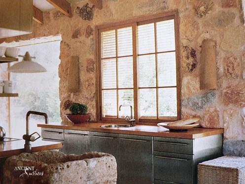farmhouse-kitchen-stone-sinks-wall-cladding