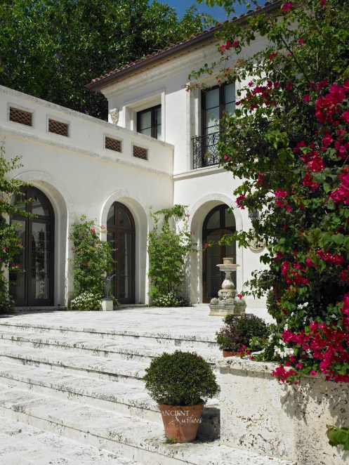 mediterranean-outdoor-garden-limestone-pool-fountain-limestone-flooring-stairs-stone-carved-old-antique-ancient-surfaces