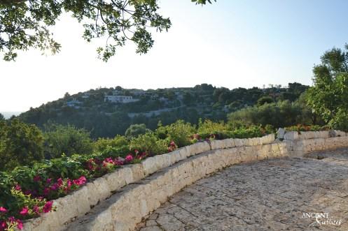 vacation-italian-home-house-limestone-outdoor-flooring