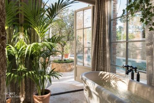antique-marble-bath-tub-reclaimed-ancient-surfaces
