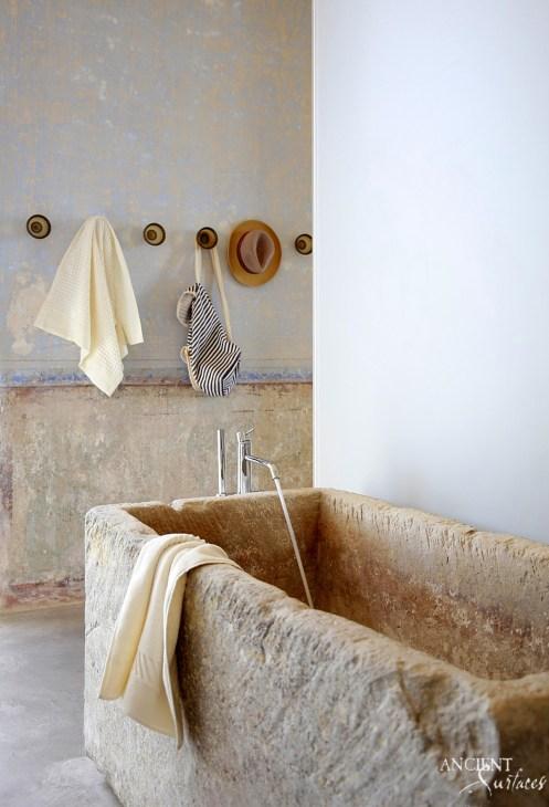 antique-reclaimed-limestone-bathtub
