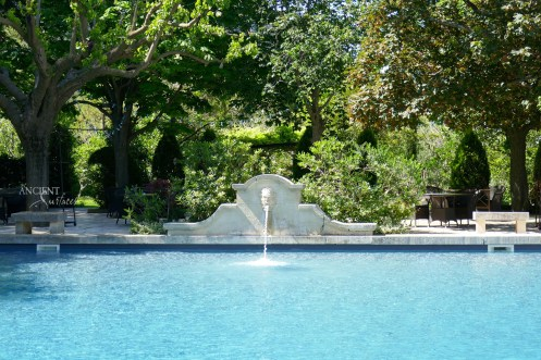 limestone-pool-coping-with-wall-fountain