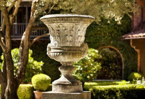 Limestone-old-world-stone-planter