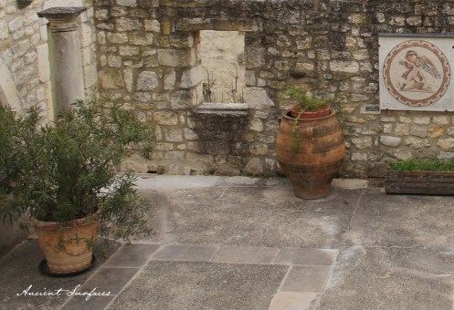 Outdoor-courtyard-french-farmhouse-countryside-limestone-flooring-wall-cladding