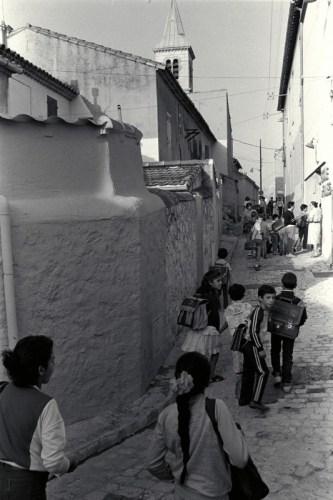 montée des écoles à 8h15 - © J. Windenberger - 4/10/1986