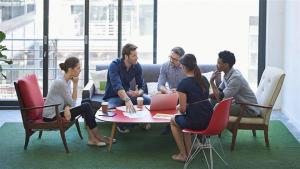 analisis kebijakan organisasi