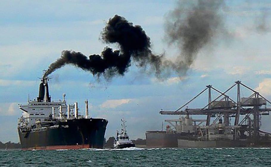 investigadores contaminación barcos