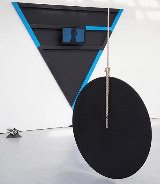 Rosana-Antoli.-Endless-Dance.-Performance-Video-Sculpture.-London.-2015.-Photographs-by-Erola-Arcalis