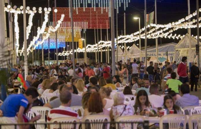 Ambiente caseta Colombinas Huelva