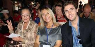 Familia de Carlo Simi en homenaje_westernleone