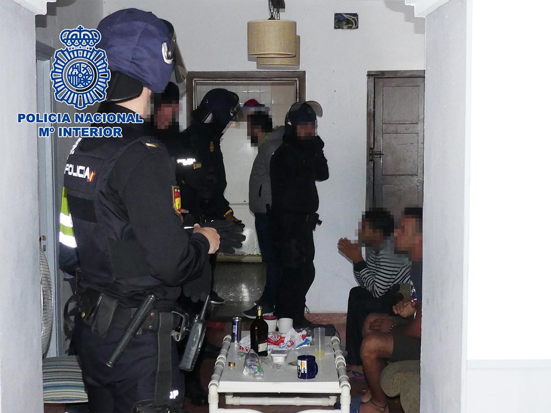 red de inmigración ilegal a través de pateras