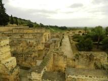 tour da Siviglia a Cordoba - I resti archeologici della città araba Medina Azahara.