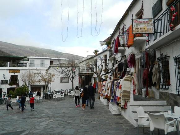 Cosa vedere Pampaneira _Alpujarra_granada_Plaza