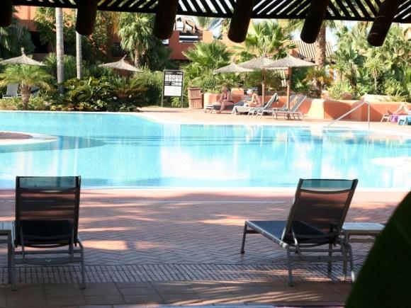 lusso_cadiz_cadice_resort_la_barrosa_novoresort_piscina